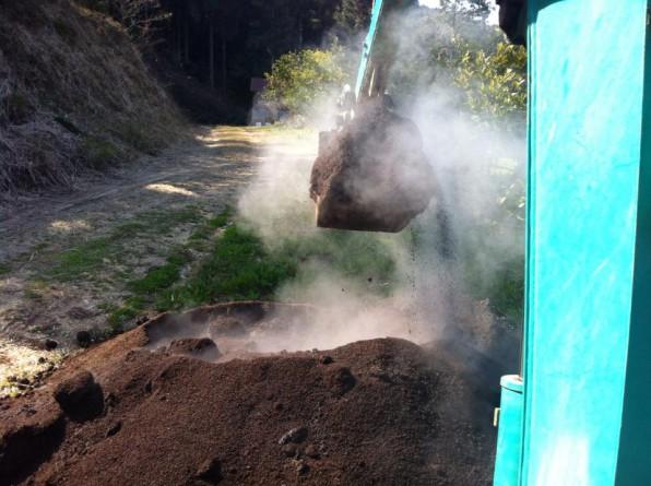 堆肥に湯気